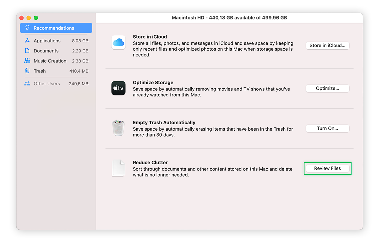 Apple's Reduce Clutter Feature, Highlighting Review Files