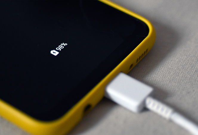5_Smartphone_Battery_Myths_Put_to_The_Test-Hero