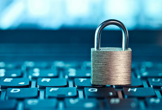 Smart_DNS_Proxy_Server_vs_VPN-Hero